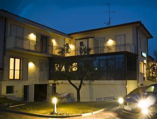 Hotel Main Street