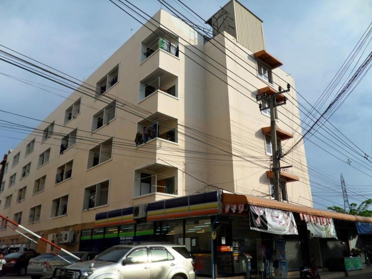 Kim Apartment (Kim Apartment)