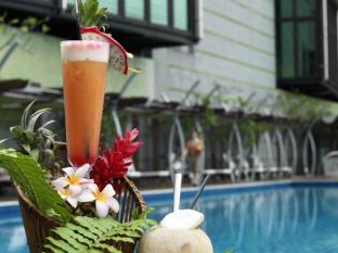 St Giles The Gardens - Grand Hotel & Residences Kuala Lumpur - Swimming Pool