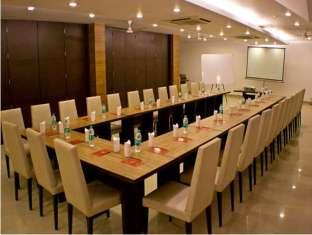 Hotel Le Grand New Delhi and NCR - Meeting Room