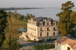 Chateau Grattequina Hotel