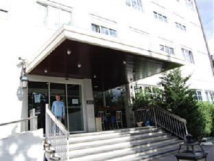 Relais De Clamart Hotel