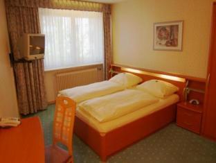 Hotel St. Peter Nuremberg - Guest Room