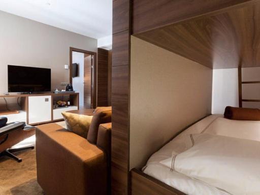 ➦  Marriott    (Catalonia) customer rating