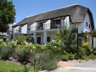 WedgeView Country House and Spa Stellenbosch - Exterior