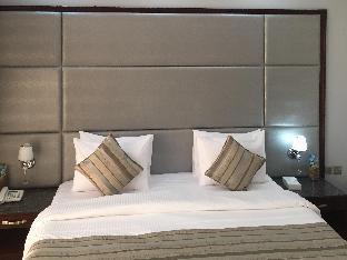 Best guest rating in Umm Al Quwain ➦ Umm Al Quwain Beach Hotel takes PayPal