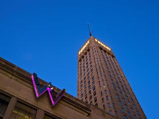 W Hotels Hotel in ➦ Minneapolis (MN) ➦ accepts PayPal