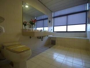Moon Lake Hotel – Houyi Kaohsiung - Bathroom