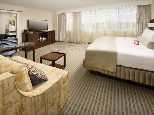room of Crowne Plaza Seattle Airport