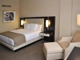 Interior DoubleTree by Hilton Houston Hobby Airport