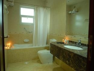 Arabian Suites Dubai - Bathroom Facilities