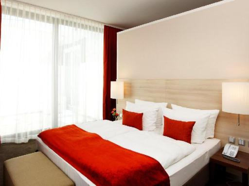 H4 Hotel Muenster City Centre hotel accepts paypal in Munster