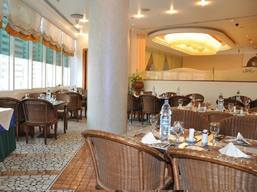 Grand Continental Flamingo Hotel - Restaurant