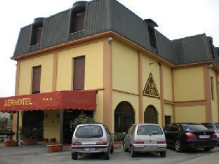 马尔彭萨埃尔酒店
