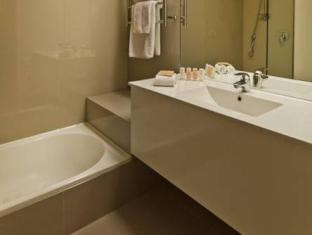 Hotel Grand Chancellor Auckland Airport Auckland - Bathroom