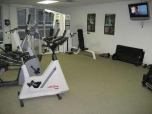 Canada Suites Yorkville Hotel Toronto (ON) - Fitness Room