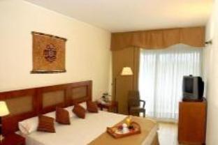 Hotel Raices Esturion2