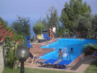 Hotel Residence Cassiodoro Staletti - Swimming Pool