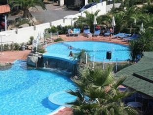 Hotel Scoglio Del Leone Zambrone - Swimming Pool
