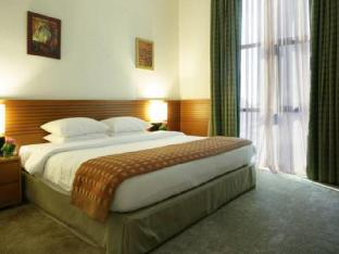 Best guest rating in Ajman ➦ The Ajman Palace Hotel takes PayPal