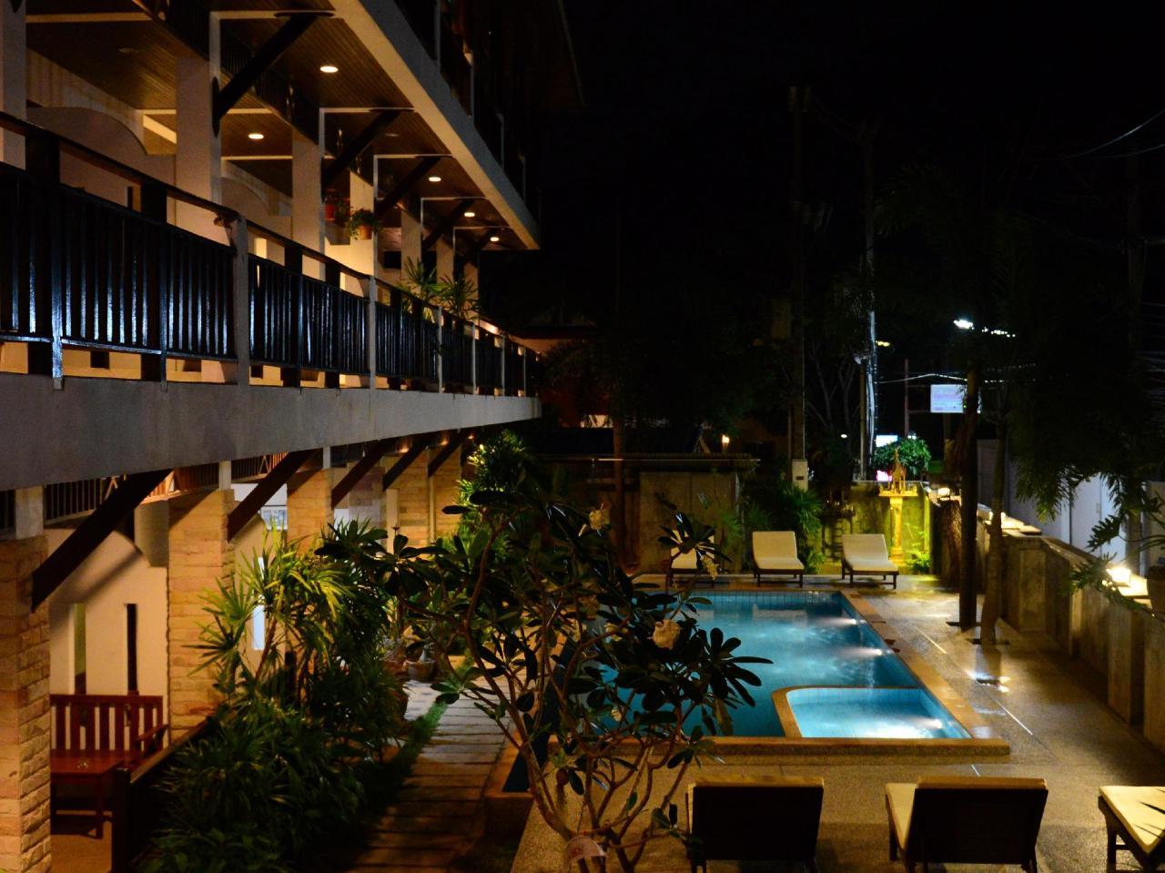 แวนด้าเฮ้าส์ รีสอร์ท (Vanda House Resort)