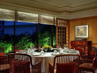 Regent Singapore - A Four Seasons Hotel Singapore - Summer Palace - Private Dining Room