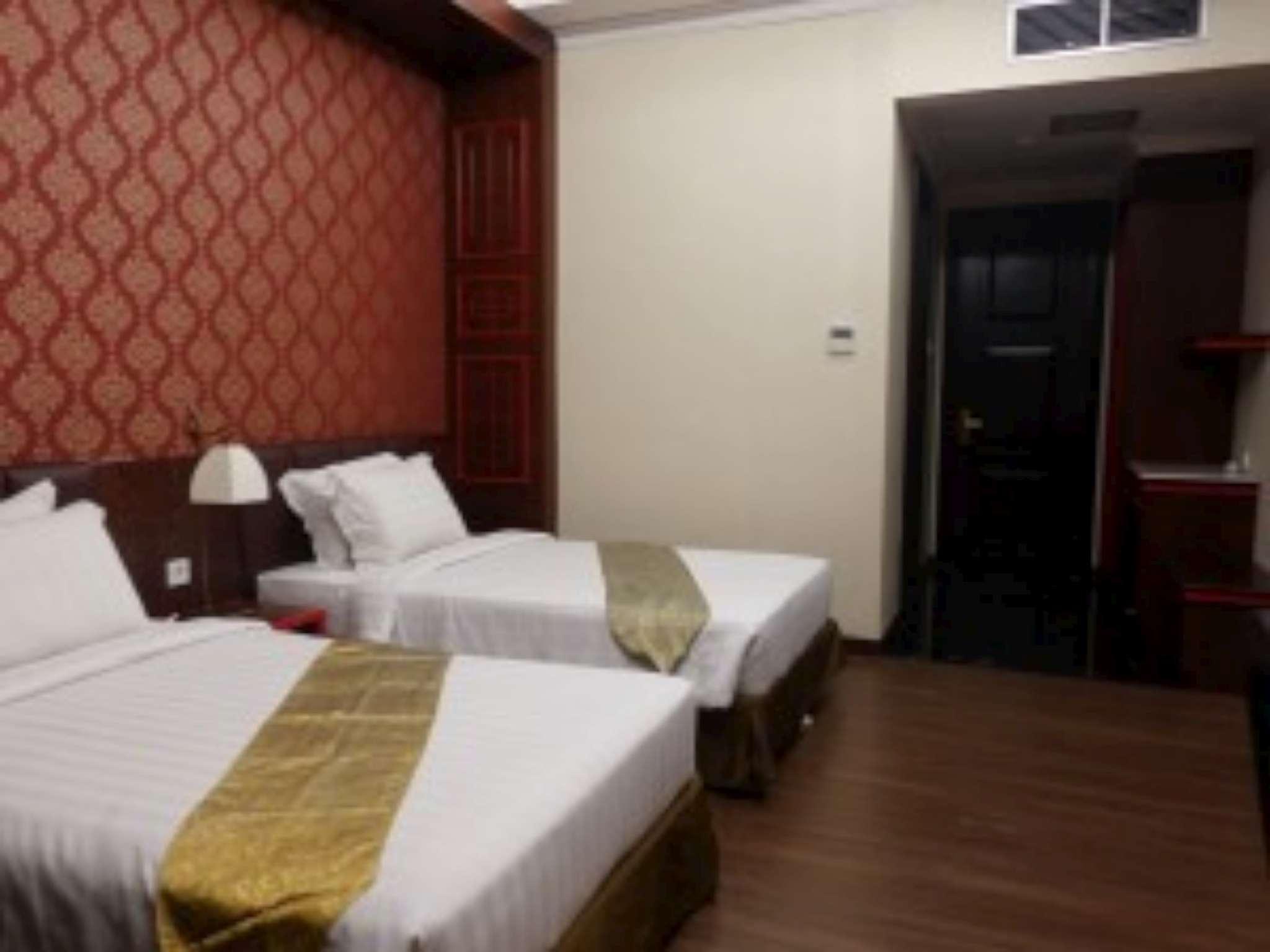 Hotel The Grantage Hotel & Sky Lounge - Jalan BSD Boulevard Utara - Tangerang