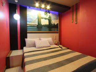 Philippines Hotel Accommodation Cheap | Eurotel North Edsa Hotel Manila - Standard