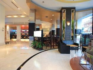 Golden Crown Plaza Hotel Hat Yai - Lobby