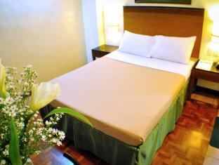 Fersal Hotel Annapolis, Cubao Manila - Deluxe Queen (1 Bed)