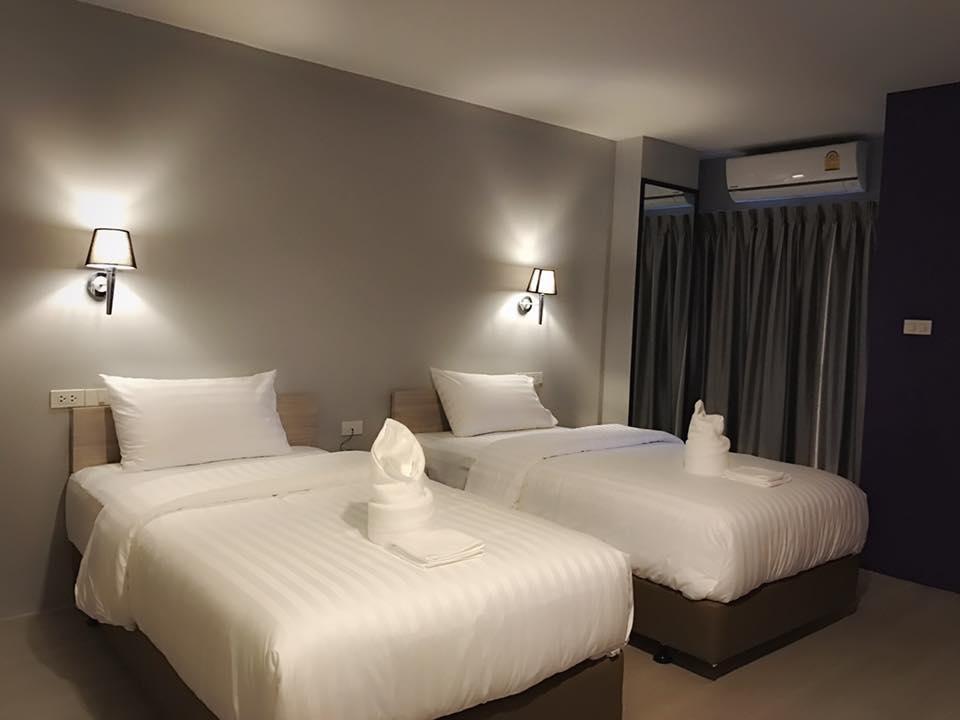 โรงแรมเลอ ทาน่า