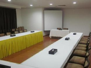 Belvedere Court Hotel Apartments Dubai - Meeting Room