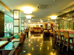 R Mar Resort and Spa Phuket - Bar/Bekleme Salonu