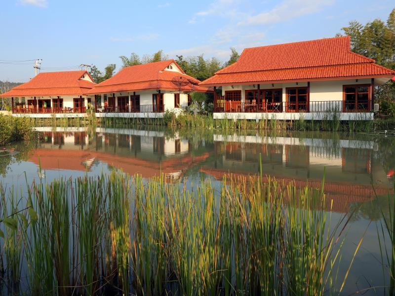 茉莉花山水疗别墅,จัสมิน ฮิลล์ วิลลา แอนด์ สปา