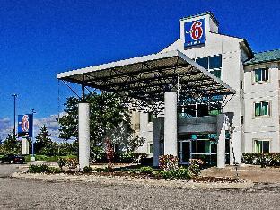 Motel 6 - Toronto - Brampton