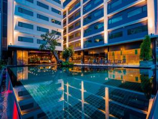 New Dara Boutique Hotel & Residence Phuket - Swimming Pool