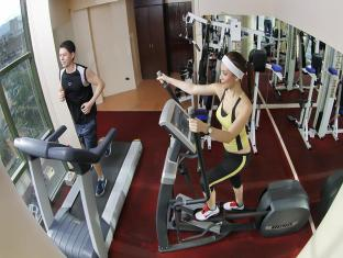 Sarrosa International Hotel and Residential Suites Cebu City - Fitness Room