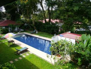 Basaga Holiday Residences Kuching - Swimming Pool