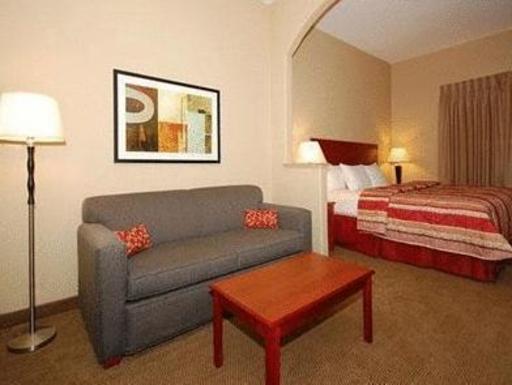➦  Choice Hotels    (Texas) customer rating