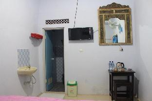 Kampoeng Pakis Inn