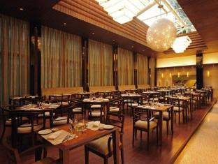 Taj Club House Chennai - Club - Coffee Shop