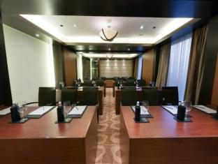 Taj Club House Chennai - Meeting Room