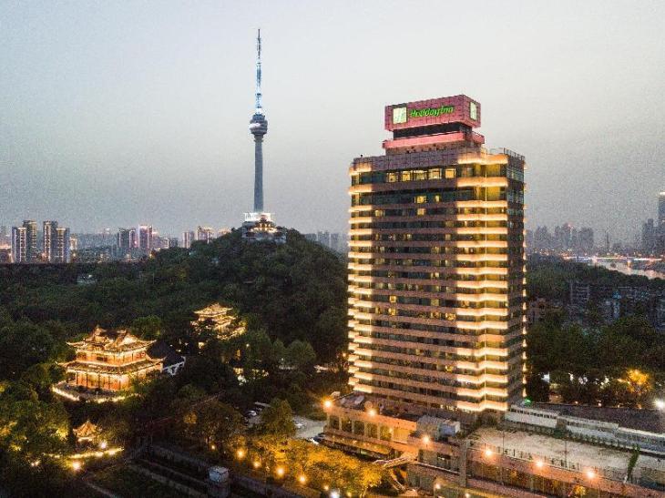 Holiday Inn Wuhan Riverside photo 5