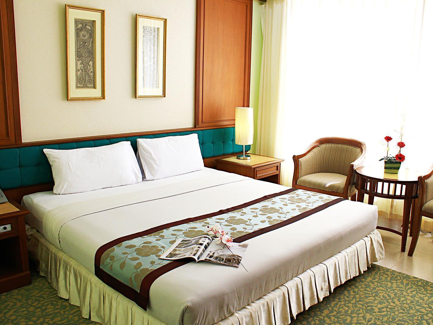 โรงแรมเอเชียน