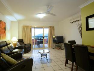 Martinique Whitsunday Resort Whitsunday Islands - 2 Bedroom Deluxe Apartment - Living Room