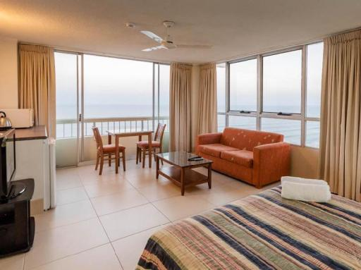 Chateau Beachside Resort hotel accepts paypal in Gold Coast