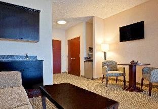 Holiday Inn Express Hotel & Suites North East - Erie I-90 Exit 41