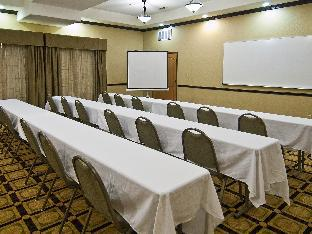 trivago La Quinta Inn & Suites DFW Airport West - Bedford