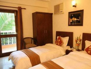 Le Seasons Beach Resort North Goa - Guest Room