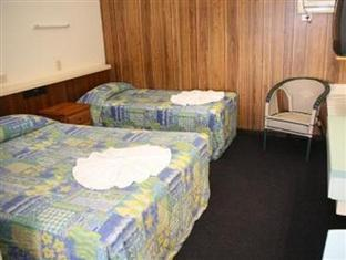 Castle Court Motor Inn Rockhampton - Guest Room